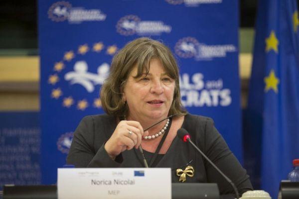 Norica Nicolai ii raspunde lui Nigel Farage: Romanii contribuie semnificativ la cresterea economica a tarilor gazda