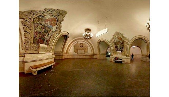Metroul din Moscova – Unul dintre cele mai vechi din lume (FOTOREPORTAJ)