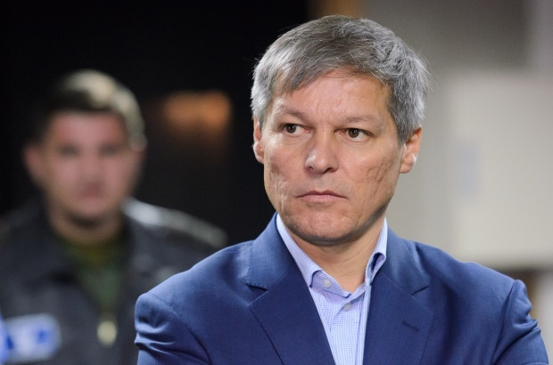 "Dacian Ciolos: ""La noi s-au facut foarte multe legi pe picior"""