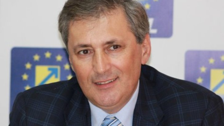 """Ministrul de interne: """"Politistii care au legaturi, conexiuni cu retele infractionale sunt in vizorul politistilor"""""""
