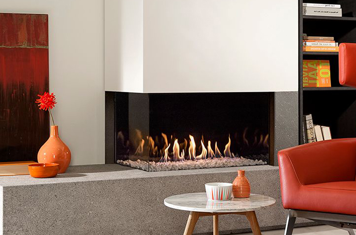 Seminee gaz pentru confort sporit: tu controlezi focul cu telecomanda
